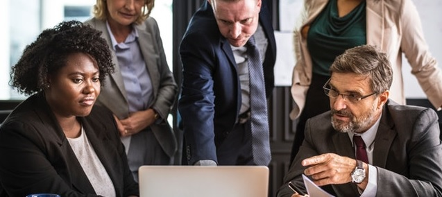 How Business Intelligence Software Can Help Managers?